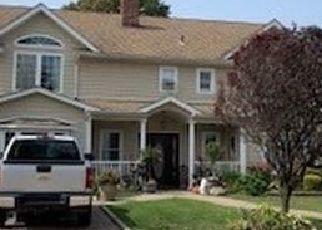 Casa en ejecución hipotecaria in Wantagh, NY, 11793,  WATER LN S ID: F4514537