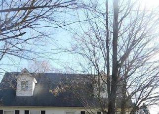 Casa en ejecución hipotecaria in Harrisville, PA, 16038,  HOUSTON AVE ID: F4515536