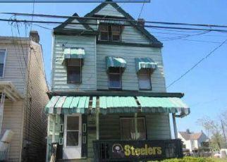 Casa en ejecución hipotecaria in Pittsburgh, PA, 15206,  ROWAN ST ID: F4515982