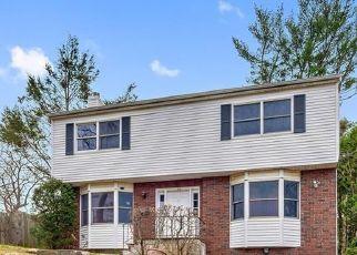 Casa en ejecución hipotecaria in West Harrison, NY, 10604,  UPLAND AVE ID: F4516082