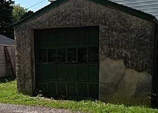 Casa en ejecución hipotecaria in Morton, PA, 19070,  W SYLVAN AVE ID: F4516580