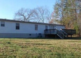 Casa en ejecución hipotecaria in Amelia Court House, VA, 23002,  LODGE CT ID: F4516657