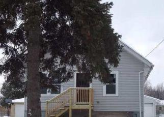 Casa en ejecución hipotecaria in Green Bay, WI, 54304,  9TH ST ID: F4517789