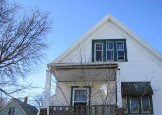 Foreclosure Home in Milwaukee, WI, 53206,  N 10TH LN ID: F4518242