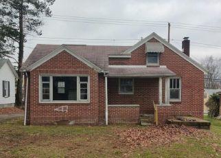 Casa en ejecución hipotecaria in Barberton, OH, 44203,  WOOSTER RD W ID: F4518632