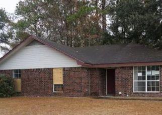 Casa en ejecución hipotecaria in Hinesville, GA, 31313,  ANGIE ST ID: F4518809