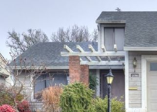 Foreclosure Home in Portland, OR, 97224,  SW HIGHLAND CT ID: F4518995