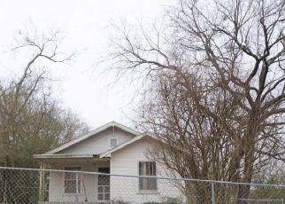 Foreclosure Home in Henryetta, OK, 74437,  COUNTRY CLUB RD ID: F4519241