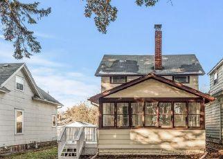 Casa en ejecución hipotecaria in Saint Paul, MN, 55106,  REANEY AVE ID: F4519666
