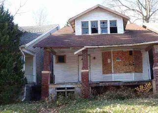 Casa en ejecución hipotecaria in Detroit, MI, 48214,  GARLAND ST ID: F4519926