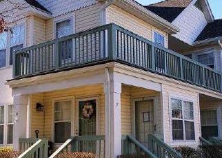 Casa en ejecución hipotecaria in Port Jefferson Station, NY, 11776,  COMMODORE CIR ID: F4519981