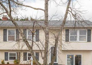 Casa en ejecución hipotecaria in Gambrills, MD, 21054,  FLOWERING TREE LN ID: F4520869