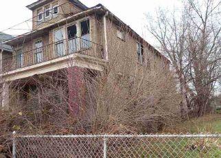 Casa en ejecución hipotecaria in Detroit, MI, 48214,  PENNSYLVANIA ST ID: F4521092