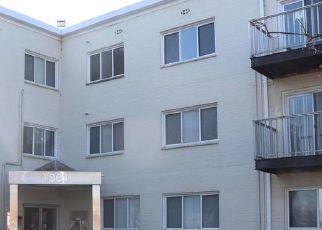 Casa en ejecución hipotecaria in Hyattsville, MD, 20782,  CHILLUM RD ID: F4521897