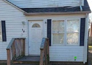 Casa en ejecución hipotecaria in Shirley, NY, 11967,  FAIRVIEW DR ID: F4522172