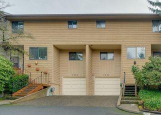 Foreclosure Home in Lake Oswego, OR, 97035,  BOTTICELLI ST ID: F4522211