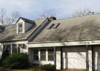 Casa en ejecución hipotecaria in North Babylon, NY, 11703,  LOMBARD ST ID: F4522518