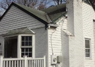 Casa en ejecución hipotecaria in Gaithersburg, MD, 20877,  FLORAL DR ID: F4522537
