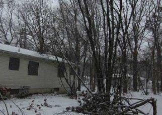 Casa en ejecución hipotecaria in Coram, NY, 11727,  NORFLEET LN ID: F4522690