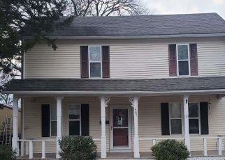 Casa en ejecución hipotecaria in Clinton, MO, 64735,  S MAIN ST ID: F4523049