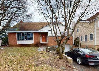 Casa en ejecución hipotecaria in Eastchester, NY, 10709,  RICHARDSON PL ID: F4523333