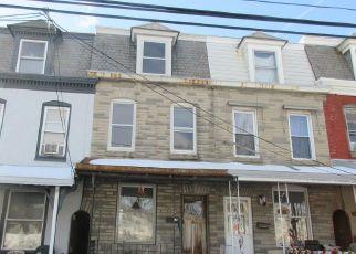 Casa en ejecución hipotecaria in Reading, PA, 19605,  KUTZTOWN RD ID: F4523710