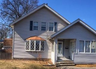 Foreclosure Home in West Hartford, CT, 06110,  NEWINGTON RD ID: F4523856