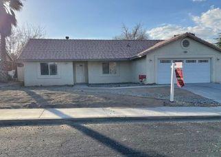 Casa en ejecución hipotecaria in Victorville, CA, 92395,  WOODBINE DR ID: F4523874