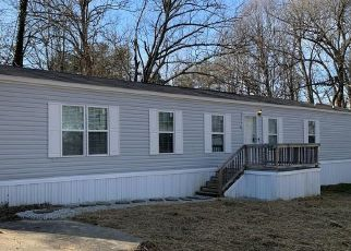 Foreclosure Home in Radcliff, KY, 40160,  OAK RIDGE DR ID: F4524104