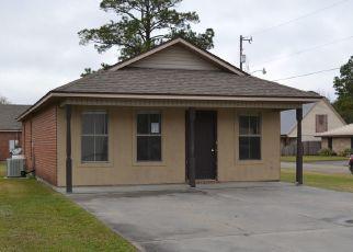 Foreclosed Homes in New Iberia, LA, 70560, ID: F4524175