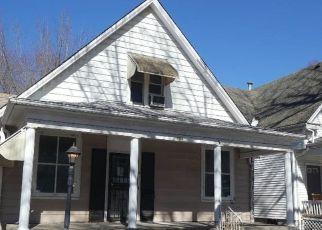 Casa en ejecución hipotecaria in Springfield, IL, 62704,  W ALLEN ST ID: F4524186