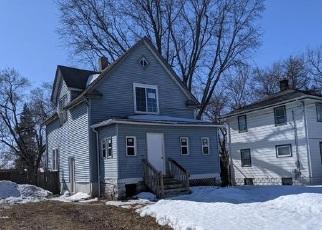 Casa en ejecución hipotecaria in Rockford, IL, 61104,  17TH AVE ID: F4524267