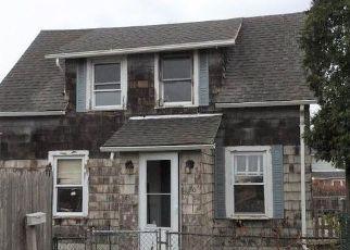 Casa en ejecución hipotecaria in Groton, CT, 06340,  SMITH ST ID: F4525153