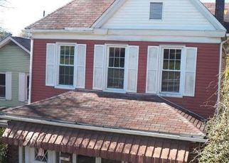 Casa en ejecución hipotecaria in Leechburg, PA, 15656,  3RD ST ID: F4525286