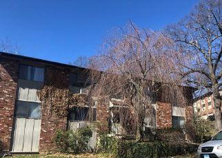 Casa en ejecución hipotecaria in Waterbury, CT, 06708,  KAY LN ID: F4525746