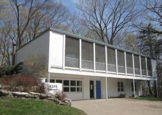 Casa en ejecución hipotecaria in Wayzata, MN, 55391,  CIRCLE DR ID: F4526098