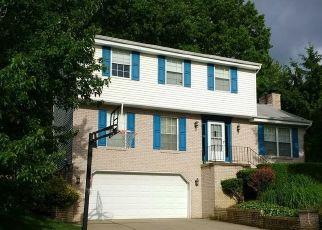 Casa en ejecución hipotecaria in Gibsonia, PA, 15044,  SUNNYSLOPE DR ID: F4526138