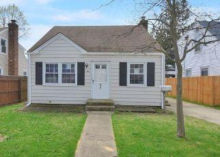 Casa en ejecución hipotecaria in Baldwin, NY, 11510,  ARDMORE RD ID: F4526182