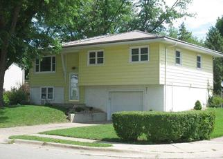 Foreclosed Homes in Dubuque, IA, 52002, ID: F4526282