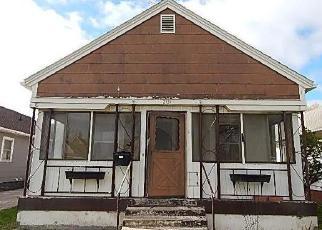 Foreclosure Home in Des Moines, IA, 50317,  E WALNUT ST ID: F4527092