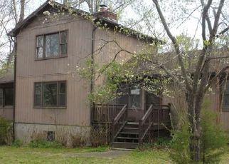 Casa en ejecución hipotecaria in Midlothian, VA, 23112,  W COUNTY LINE RD ID: F4527253