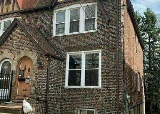 Casa en ejecución hipotecaria in Bronx, NY, 10466,  NEREID AVE ID: F4527317
