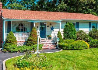 Casa en ejecución hipotecaria in Ronkonkoma, NY, 11779,  FIR GROVE RD ID: F4527476