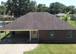 Foreclosure Home in Baker, LA, 70714,  BURGESS DR ID: F4527489