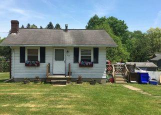Casa en ejecución hipotecaria in Harrisville, PA, 16038,  WICK AVE ID: F4528685