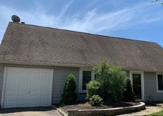 Casa en ejecución hipotecaria in Port Jefferson Station, NY, 11776,  RUSH ST ID: F4528748
