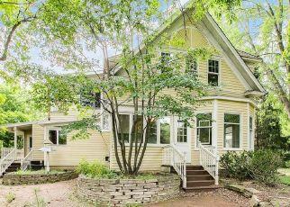 Casa en ejecución hipotecaria in Chanhassen, MN, 55317,  PLEASANT VIEW RD ID: F4528965