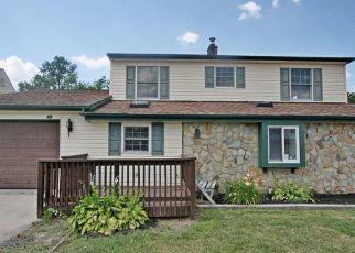 Casa en ejecución hipotecaria in Levittown, PA, 19057,  ICE POND RD ID: F4528994