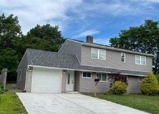 Casa en ejecución hipotecaria in Levittown, NY, 11756,  HAMLET RD ID: F4529089