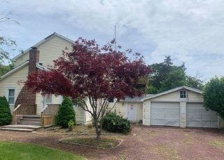 Casa en ejecución hipotecaria in Mastic Beach, NY, 11951,  HUNTINGTON DR ID: F4529599